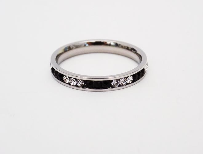 Δαχτυλίδι Βέρα Ατσάλινο Με Ζιργκόν Ασπρόμαυρα